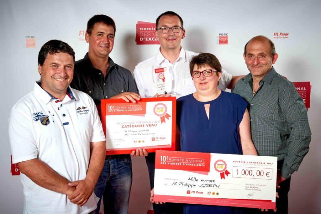 M. Philippe JOSEPH – Boucherie de Longchamps en Veau sous la Mère lauréat du Trophée d'Or en boucherie artisanale catégorie veau